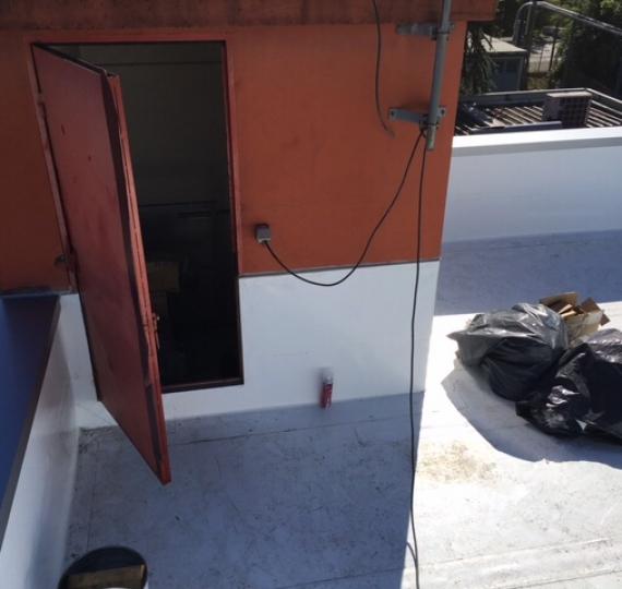 ETANCHÉITÉ Toitures-terrasses PVC Armé Fixations Mécanique